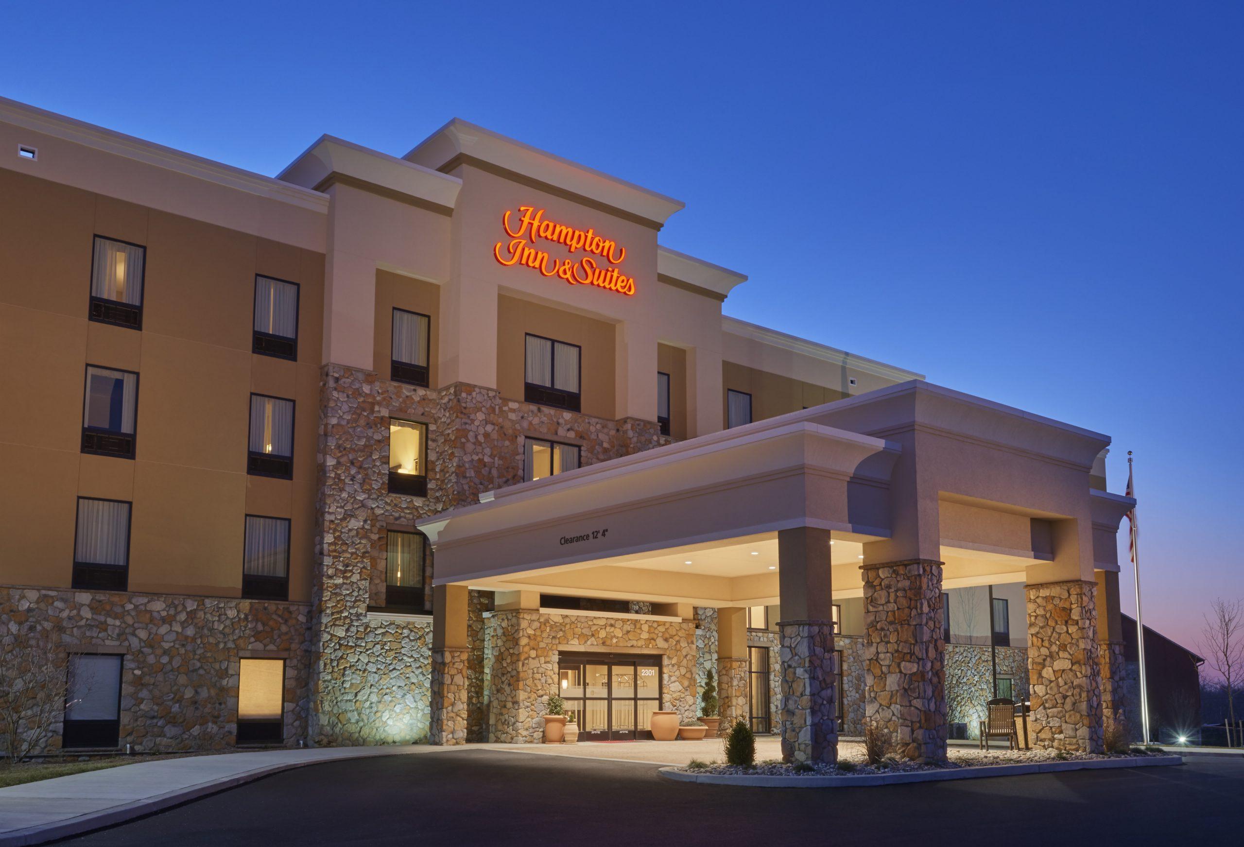 Hampton Inn & Suites Hotel