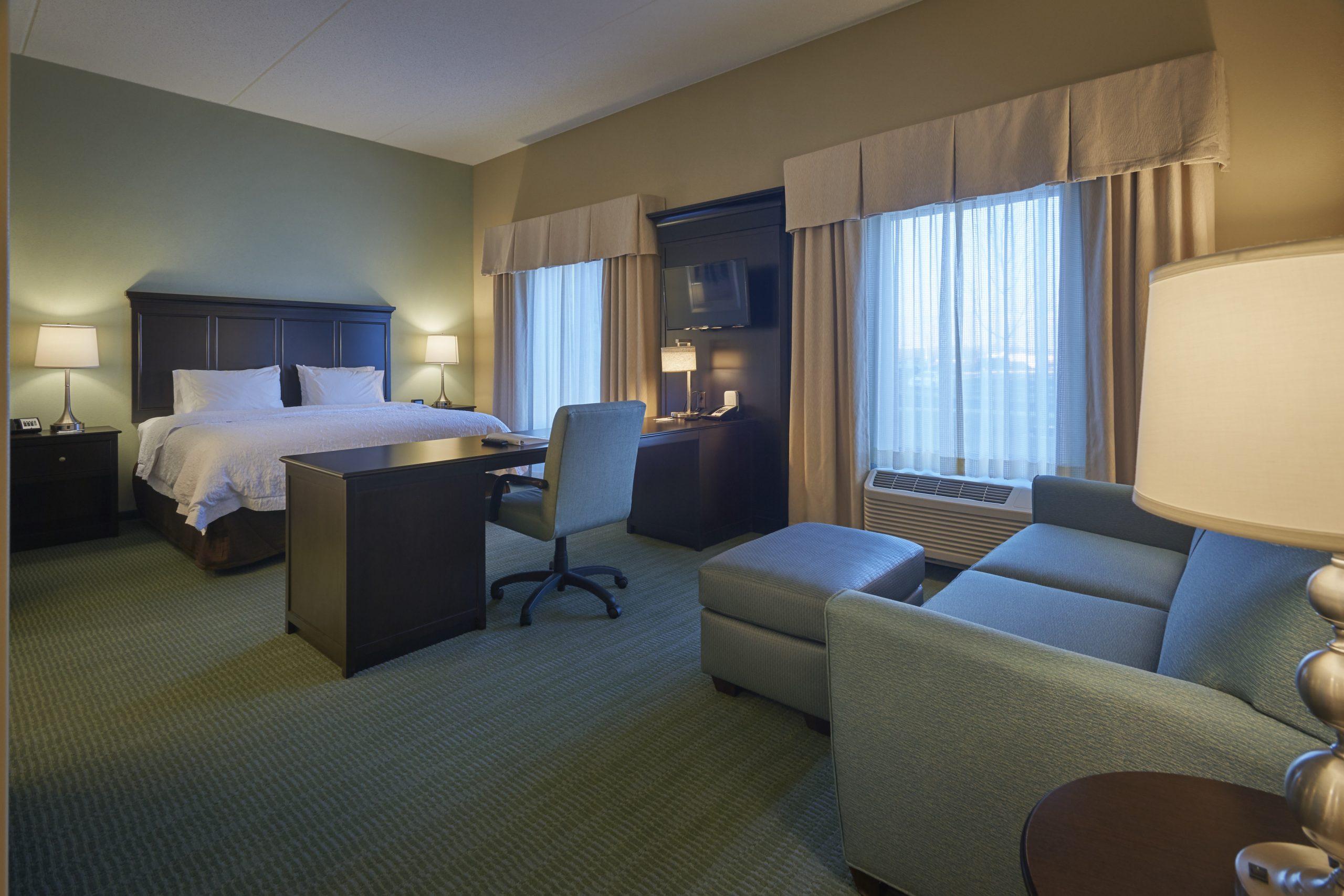 Room at the Hampton Inn